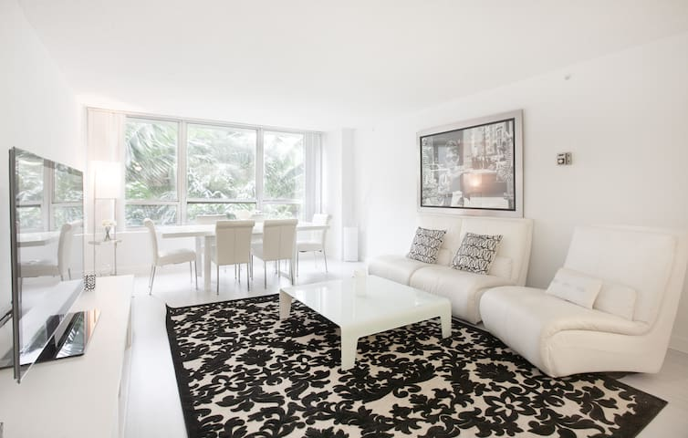 1BR/1BA Luxury Boutique Style Suite - Miami Beach - Apartamento