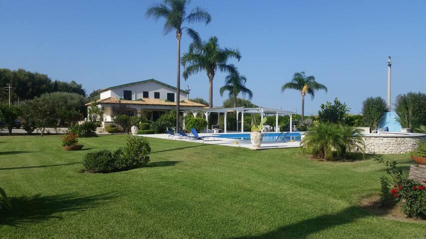 Villa con Piscina - Siracusa  - Haus