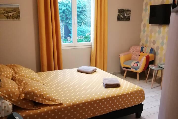 Chambre au calme à 11 mns du Puy du Fou