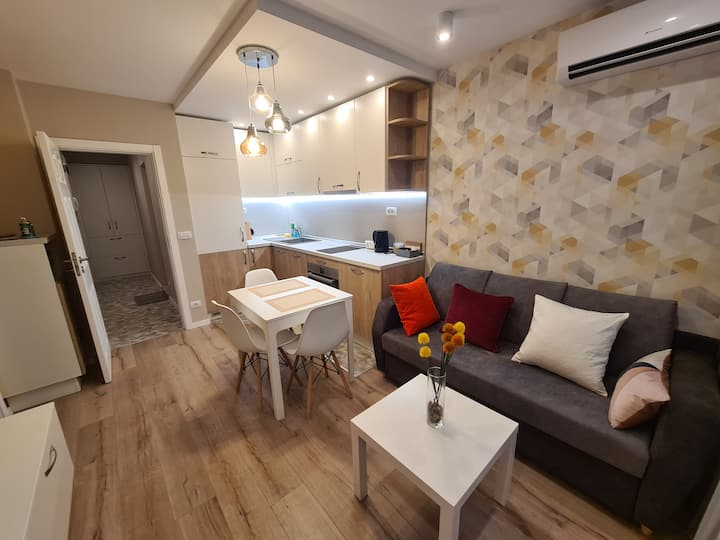 Brand new luxury flat in the city center