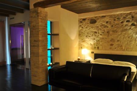 Suite con Private Spa near Verona  - Monzambano - Loft