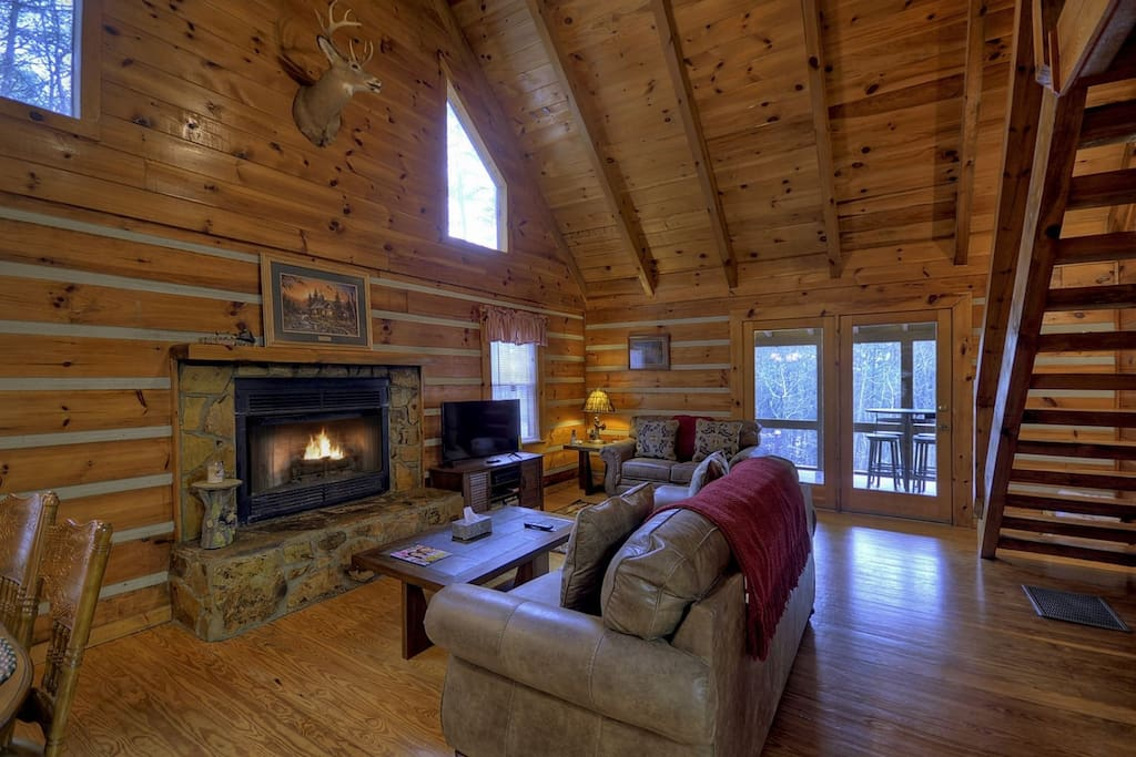 Cabin rentals lucky enough blue ridge georgia north for Fly fishing blue ridge ga