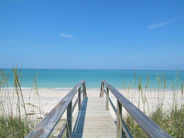 New*Ready Feb 1*Steps to Lido Beach/St Armand's