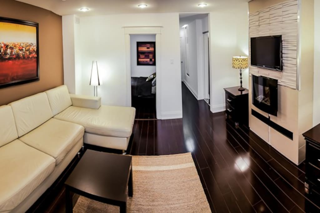 Room For Rent Downtown Danforth Toronto