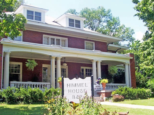 Himmel House Bed and Breakfast