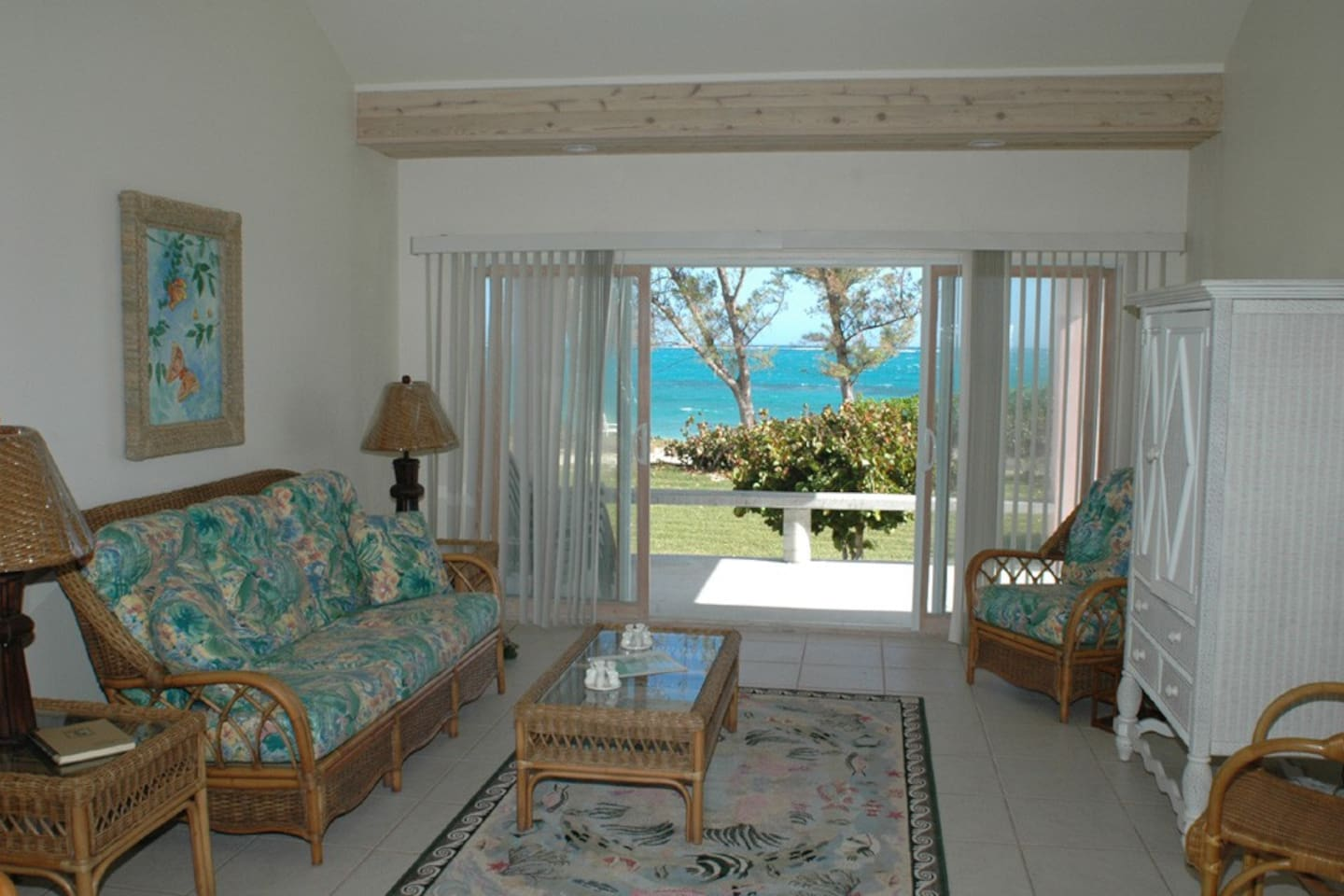 Living room , Conch Pearl cottage