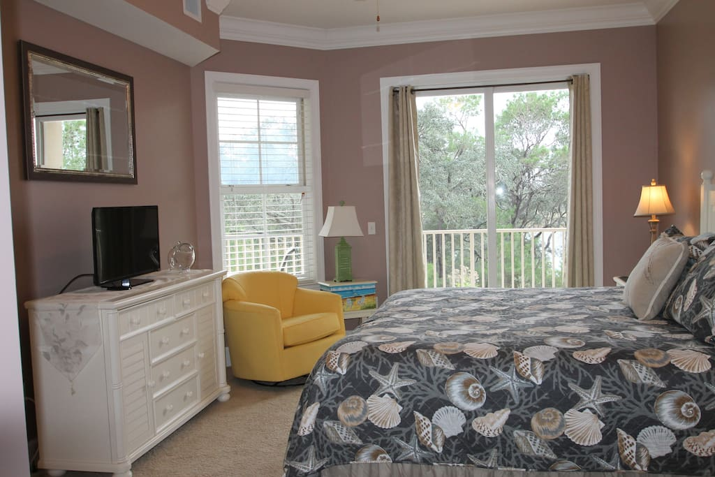 Master Suite with New King Size bed