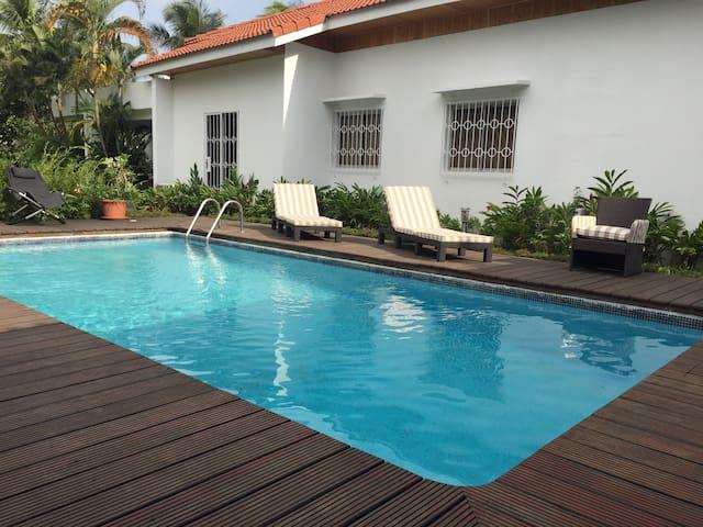 Cocody 2 plateaux Vallon Hayat - Abidjan - House