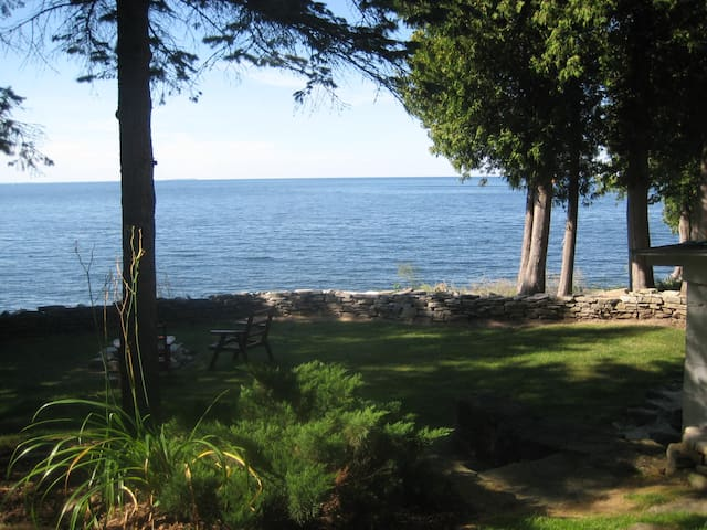 Egg Harbor Cottage on Waters of Green Bay - Sturgeon Bay - Cabaña