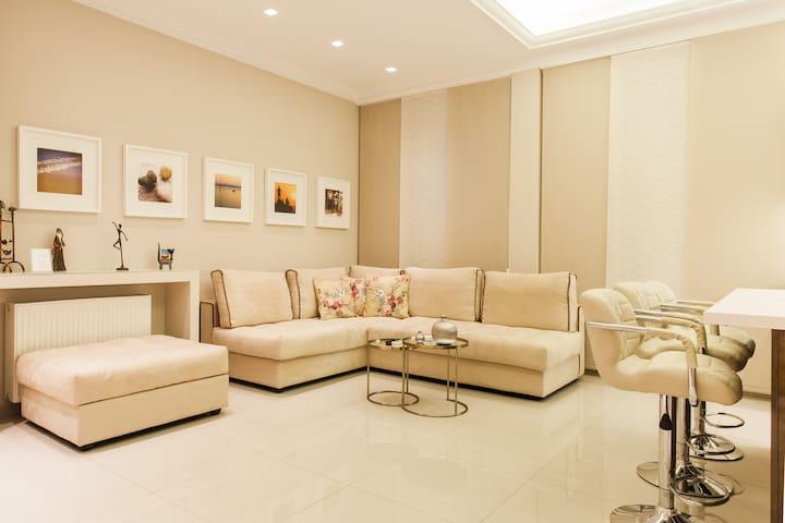Living Room - Sofa corner