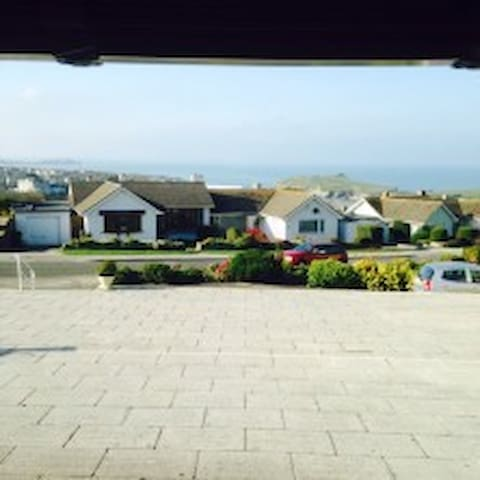 Island View, 5 min walk to beach & coastal path. - Newquay - (ukendt)