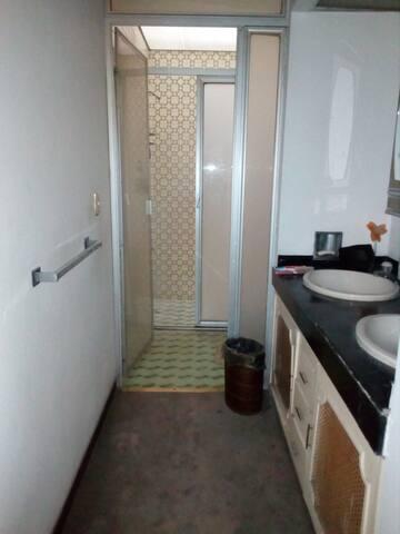Recamara en Casa en Zona Residencial Gdl,Mèx