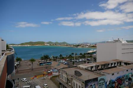 2 pièces d'exception idéalement situé centre-ville - Nouméa