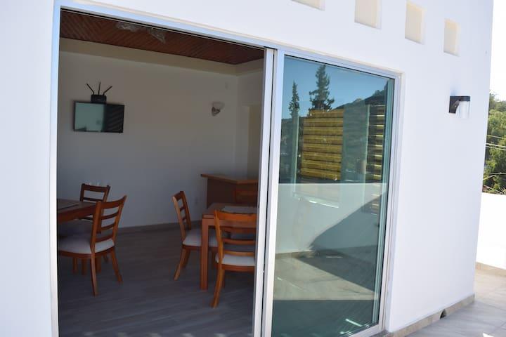 Hotel la Cuesta a 3 cuadras del centro de Bernal