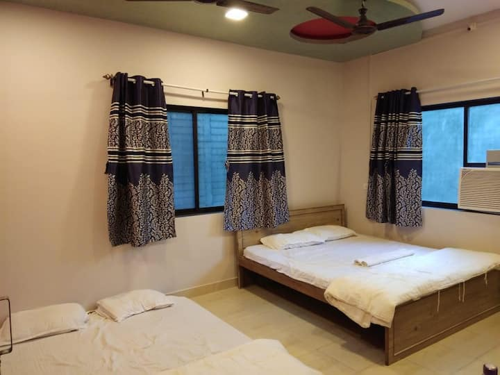 Double Bedded Ac room for 4 to 6 pax