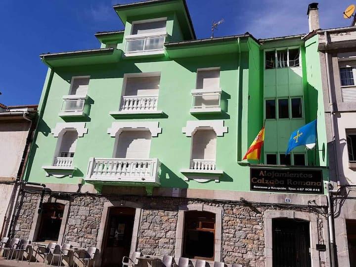 Hotel con vistas al río Pigüeña