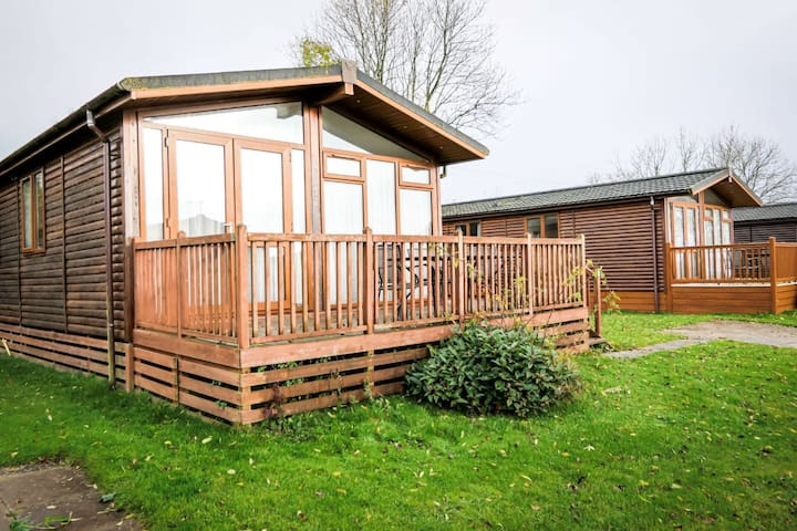 Dove Lodge @ Ashbourne Heights, holiday park