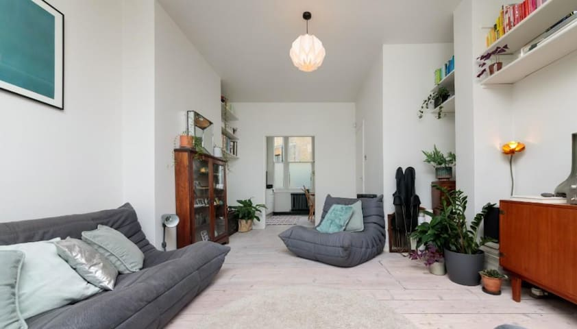 Victorian modern flat in London Fields - Hackney