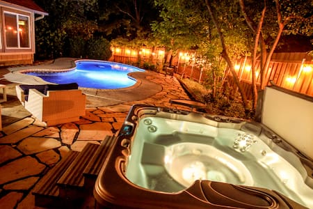 Social Distance in Style:  Amazing Pool House!