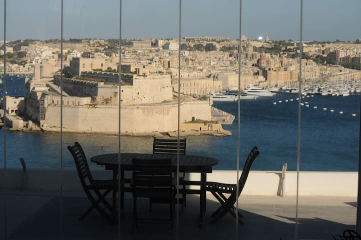 Valletta dream  penthaus terrace