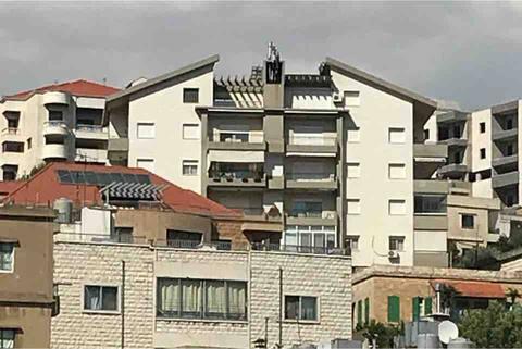 Ett exklusiv duplex med panorama utsikt