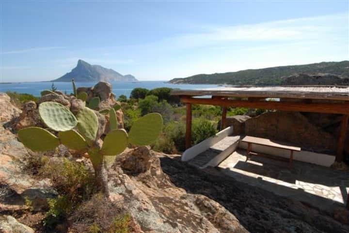 Sea View Villa in Aldia Bianca OT