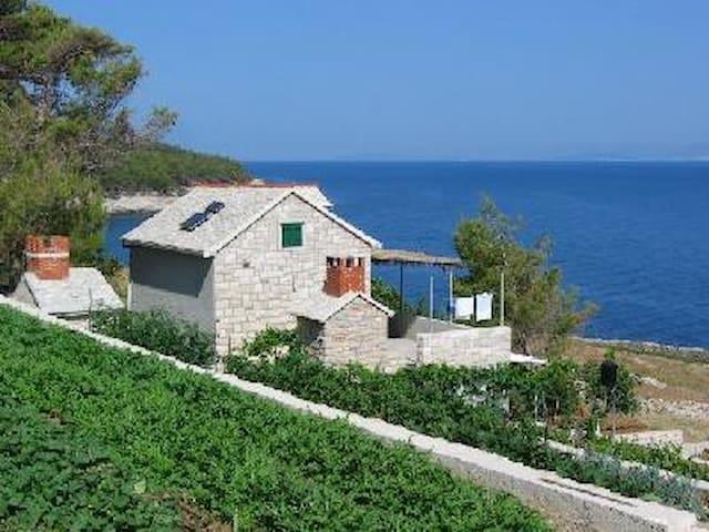 Robinson house by the sea Svjetlana - Postira - Cabaña