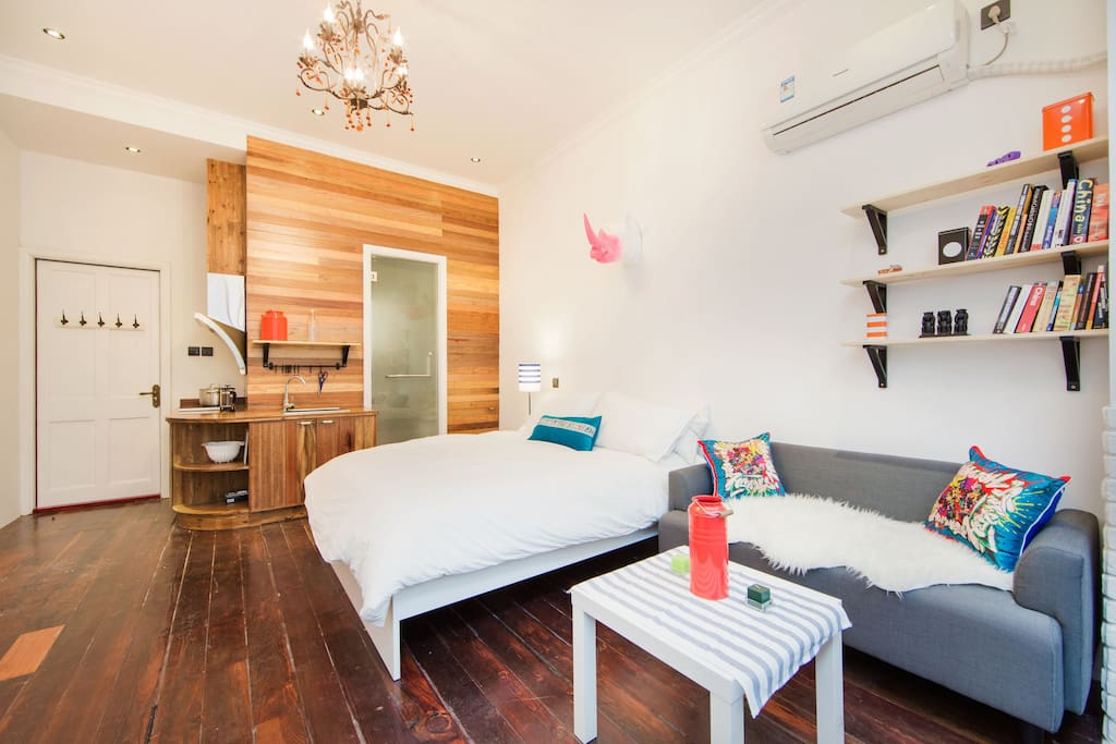 Comfortable Studio with everything you need for your stay in Shanghai.