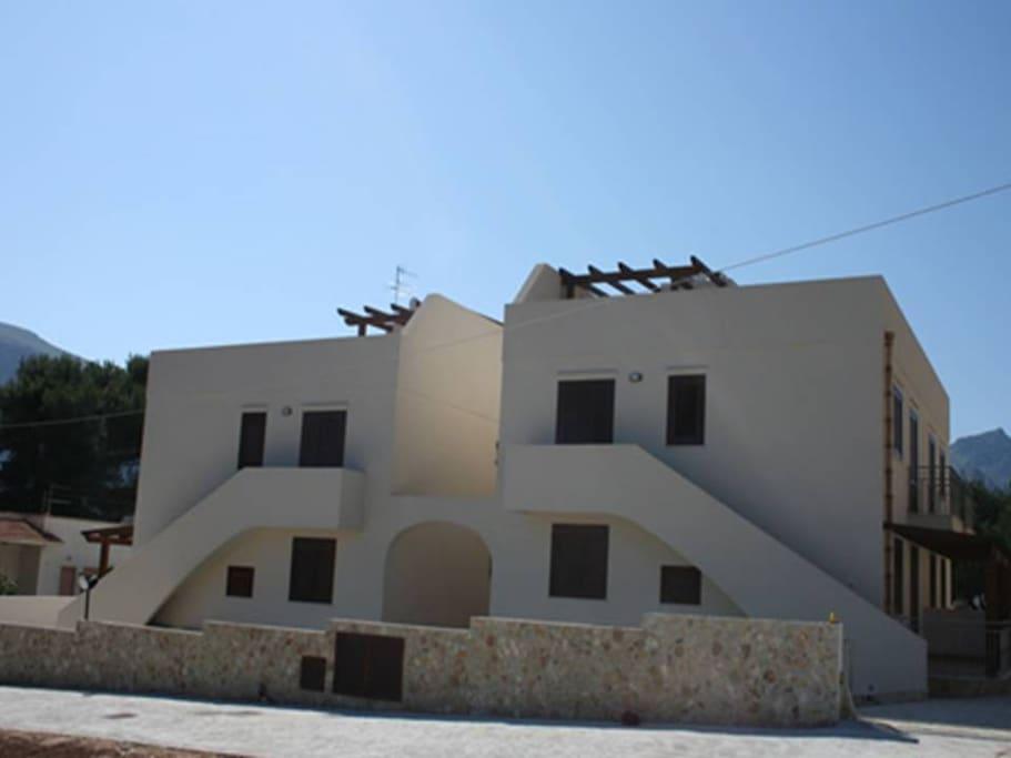 Appartamento che si trova al primo piano con annesso terrazzo