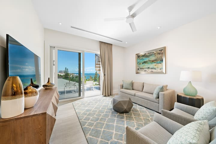 *SeaBiscuit - NEW FABULOUS Luxury Penthouse Suite*
