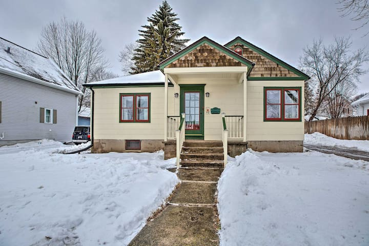 NEW! Cedarburg House - Walk to Historic Downtown!