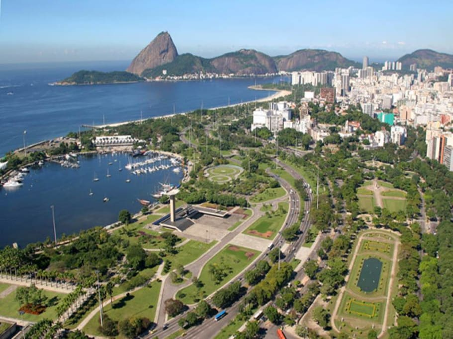 Flamengo Park, tourist attraction 10 minutes walking