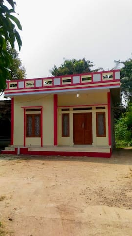 Anyer Comfy Family House