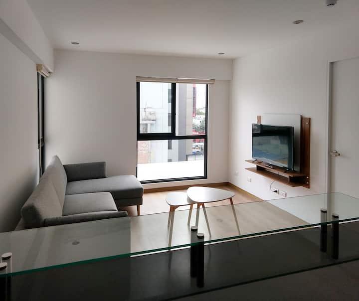 Departamento ejecutivo (1 hab) en 4to piso