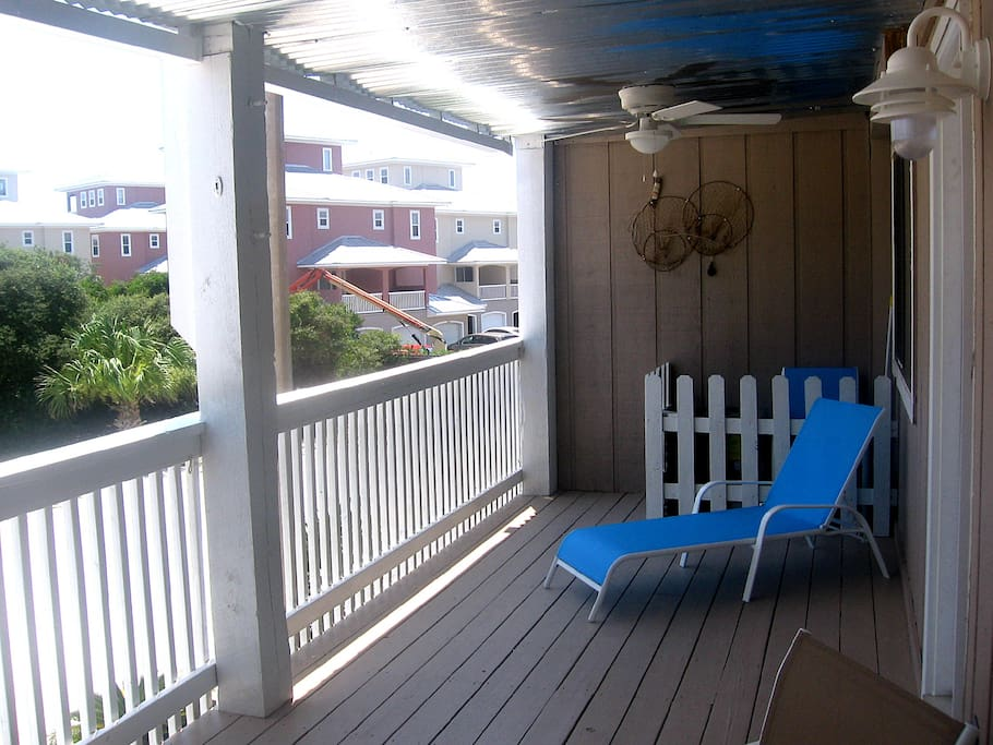Tanning bed on the balcony