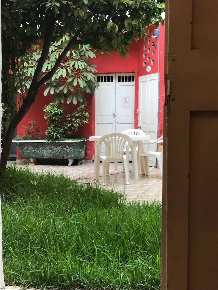 Ubicada en la parte mas tranquila de la Casona junto a nuestro Jardín.
