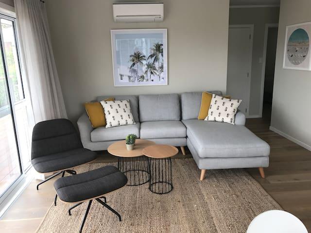 Sunny Church Street Apartment