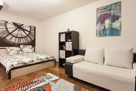 Art apartment in Moscow center