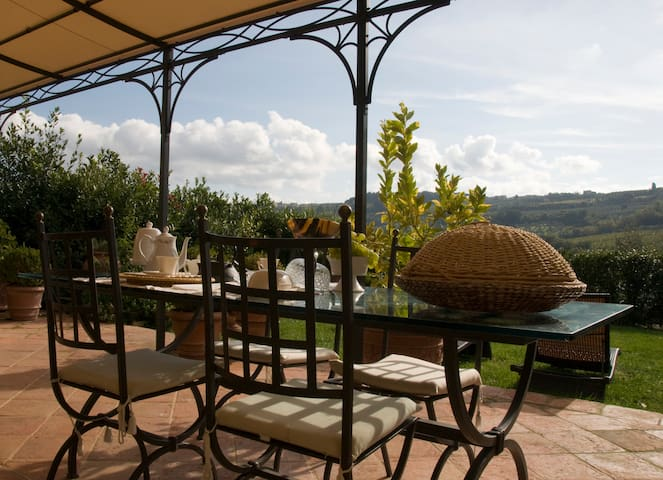 Corner of Provence B & B in Chianti - Tavarnelle Val di Pesa - Bed & Breakfast
