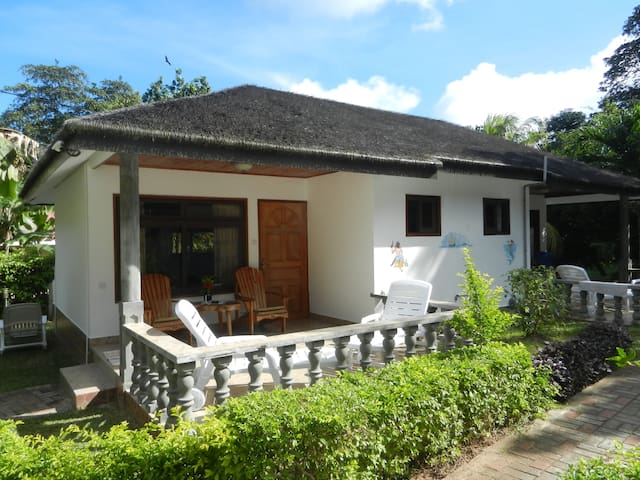 B&B Bungalow on La Digue - La Digue