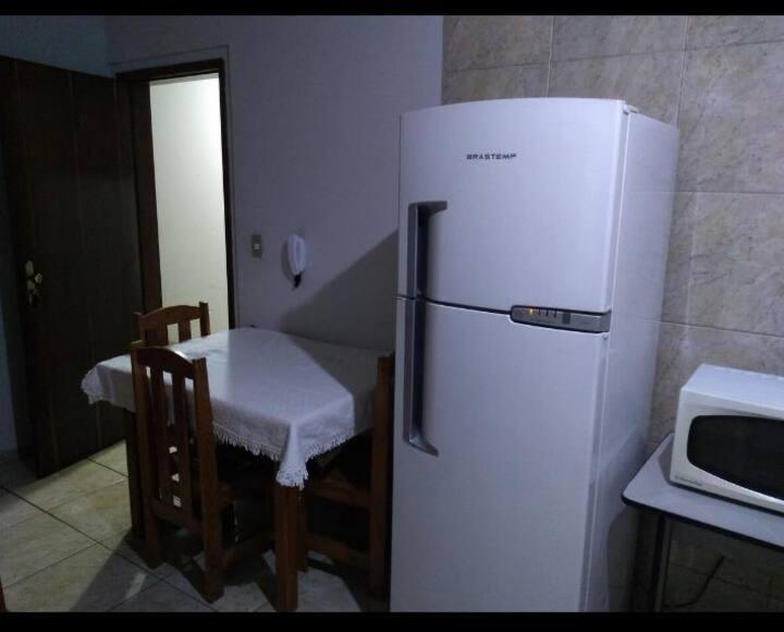 Apartamento completo próx a UEM