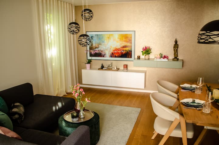 Room in shared apartment with own luxurious bath