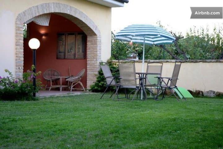 Casa Vacanza Villa Filomena Tollo Chieti  Abruzzo