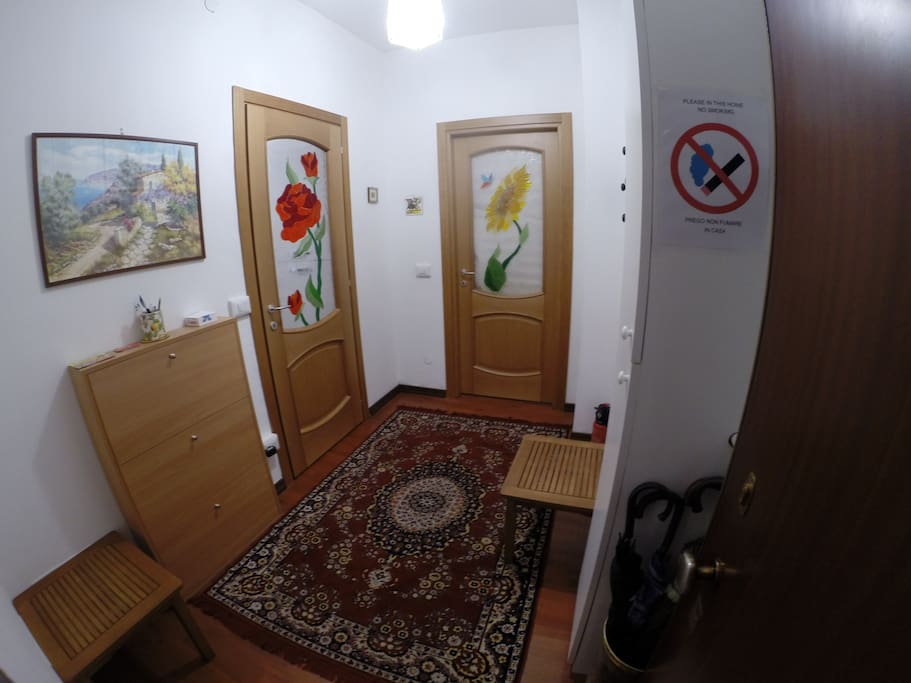 The entrance to the apartment