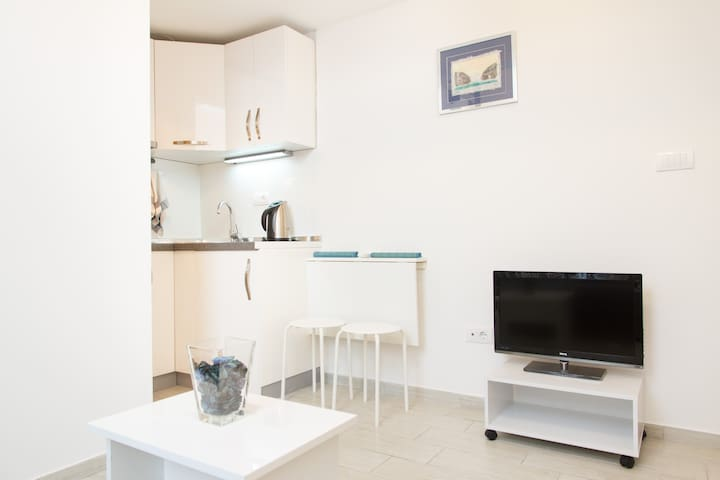 Sweet studio in center FREE PARKING - Belgrade - Apartmen