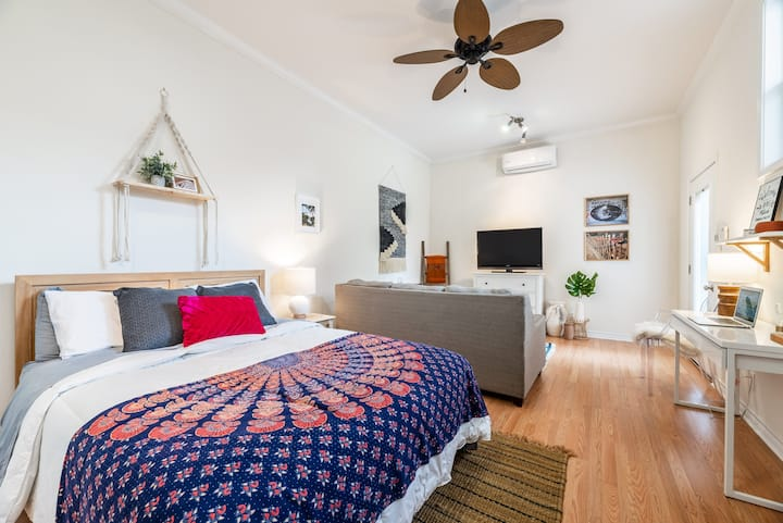 Boho Guesthouse in the Heart of the City