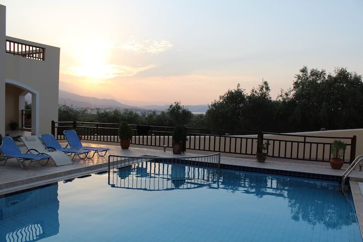 Chania Holiday Home!!!