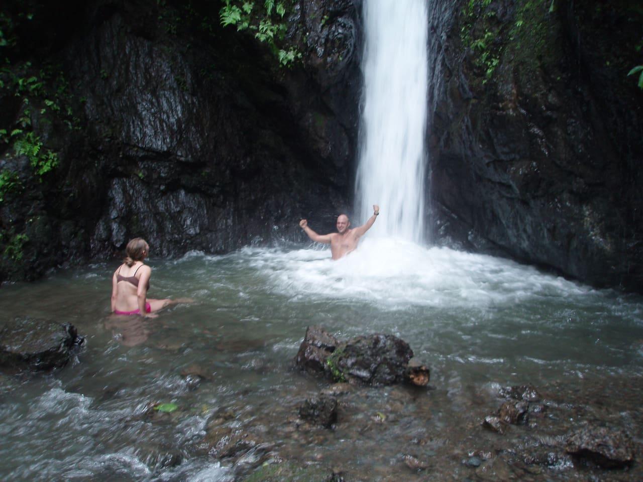 The Bonanza waterfall at Bolita.