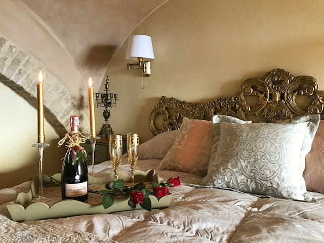 Palazzo Scarsini Apartment - Romance with Style! - Petritoli - Apartment