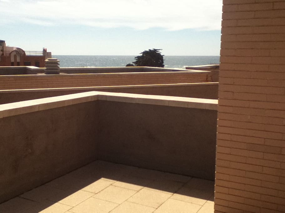You can have a sea view from our solarium